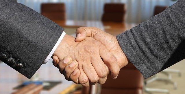 competencia de negociación para el director de proyectos